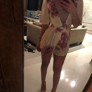 Other - *ONLY WORN ONCE* CUTE ROMPER